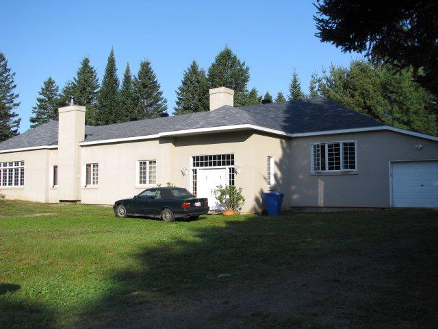 Maison de plain-pied à vendre à Saint-Alphonse-Rodriguez ...