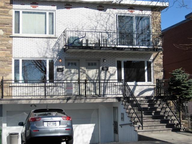 Duplex for sale lasalle montr al montr al for Duplex building cost estimator