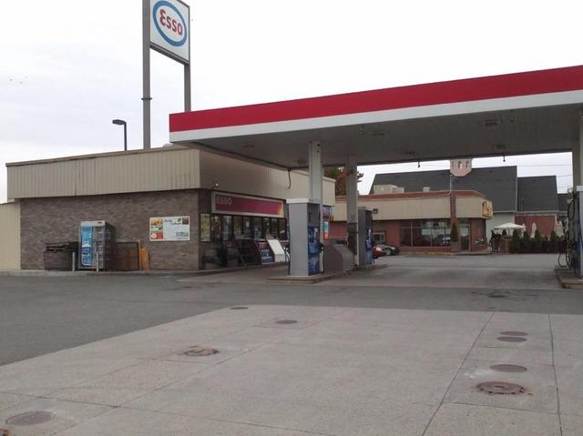 B tisse commerciale bureau vendre berthierville lanaudi re sutton qu bec - Station de gaz a vendre ...