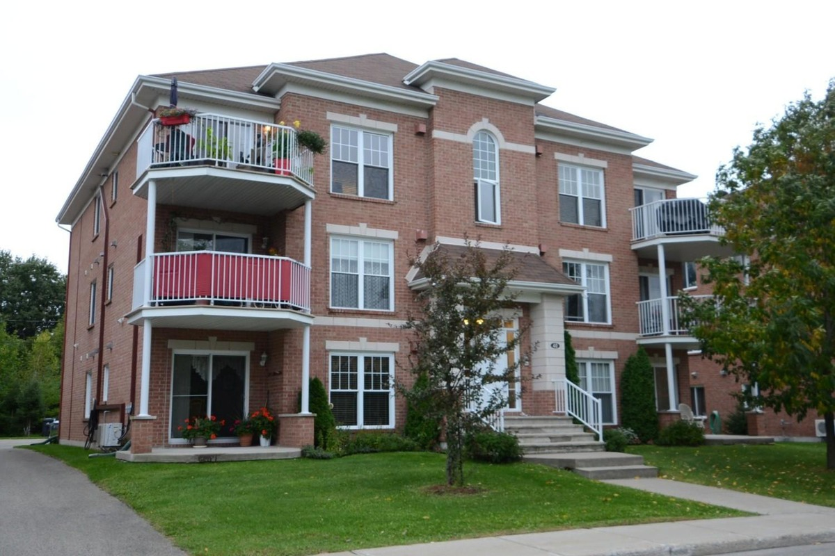 Appartement vendre sainte th r se laurentides for Chambre a louer ste therese