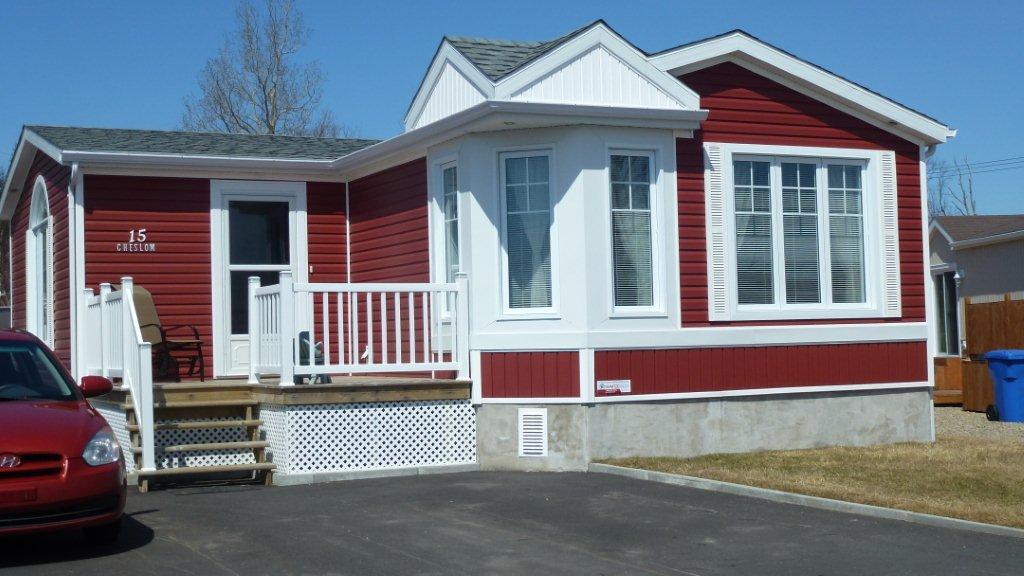 maison mobile vendre sept les c te nord sutton qu bec. Black Bedroom Furniture Sets. Home Design Ideas