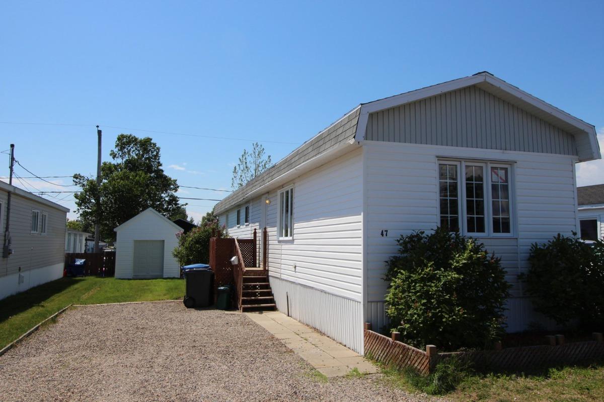 Mobile home for sale sept les c te nord for Porte et fenetre vaillancourt sept iles