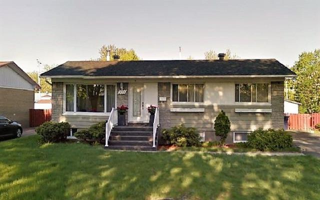 maison de plain pied vendre 351 rue eva fabreville laval. Black Bedroom Furniture Sets. Home Design Ideas