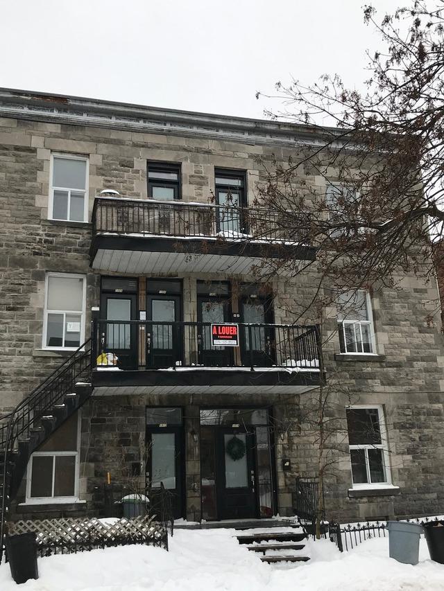 13853343 - 1908 Rue St-Clément