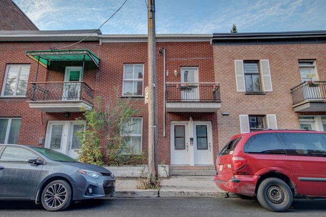 Maison tages vendre 4328 rue rivard le plateau mont for Achat premiere maison montreal