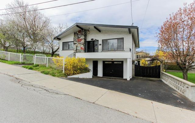 Maison de plain pied vendre 12600 5e avenue r d p for Achat premiere maison montreal