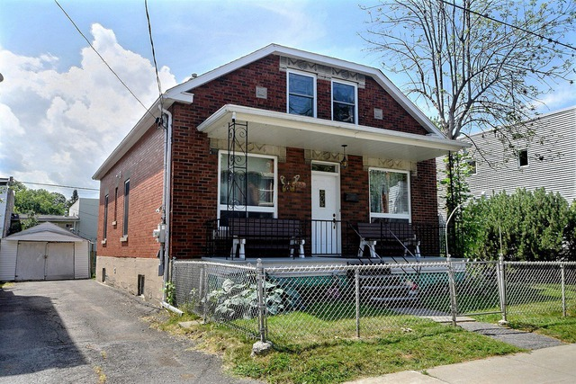 Houses for sale in LaSalle (Montréal) - Properties for sale