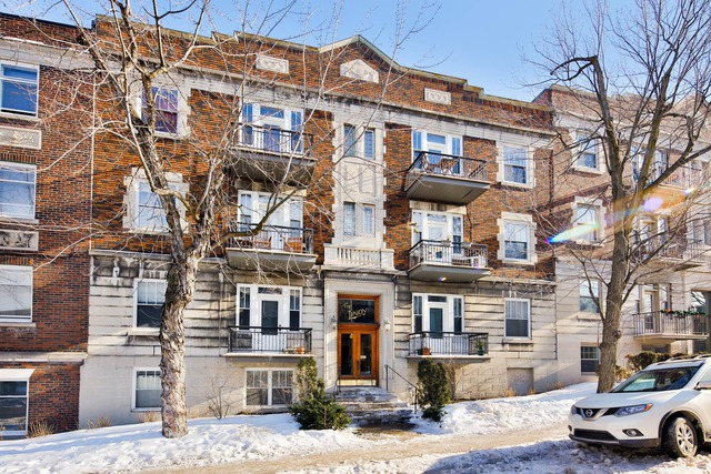 afe7073acf Properties for sale in Outremont (Montréal) - Houses - Condo ...