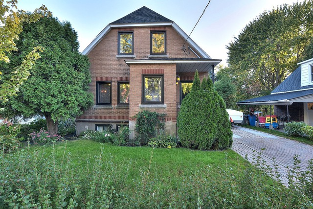 Vendu maison tages vendre 1282 rue crawford for Achat premiere maison montreal
