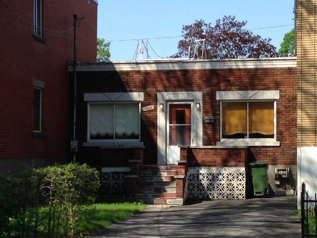 Maison de plain pied vendre 6917 rue mazarin le sud for Achat premiere maison montreal