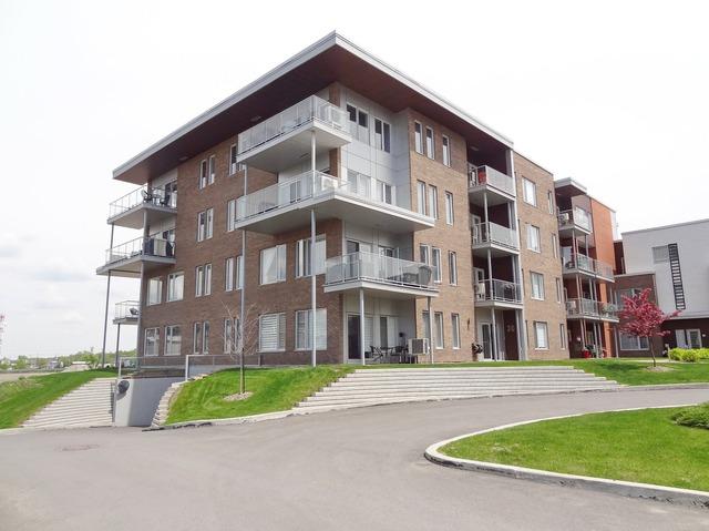 Condos, lofts et appartements à vendre à Blainville | Sutton Québec