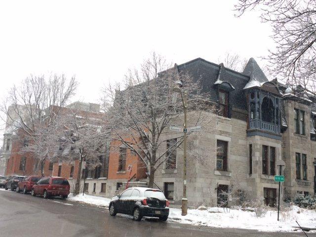 Maison tages vendre 1035 rue lambert closse ville for Achat premiere maison montreal