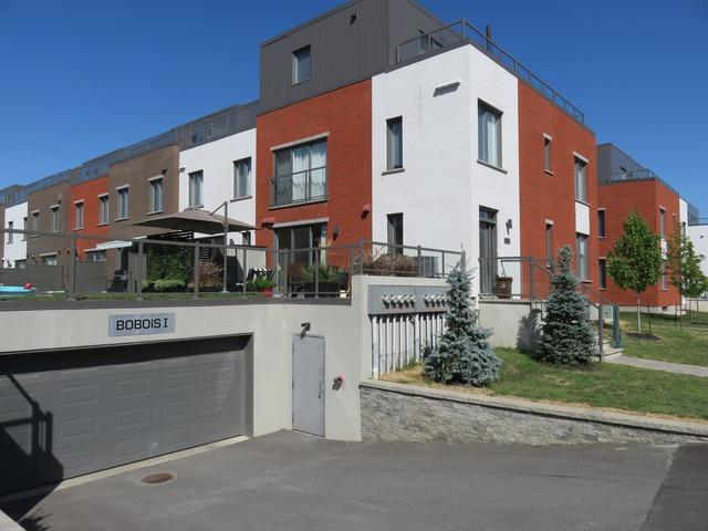 9871899 - 1913 Rue du Bois-des-Caryers