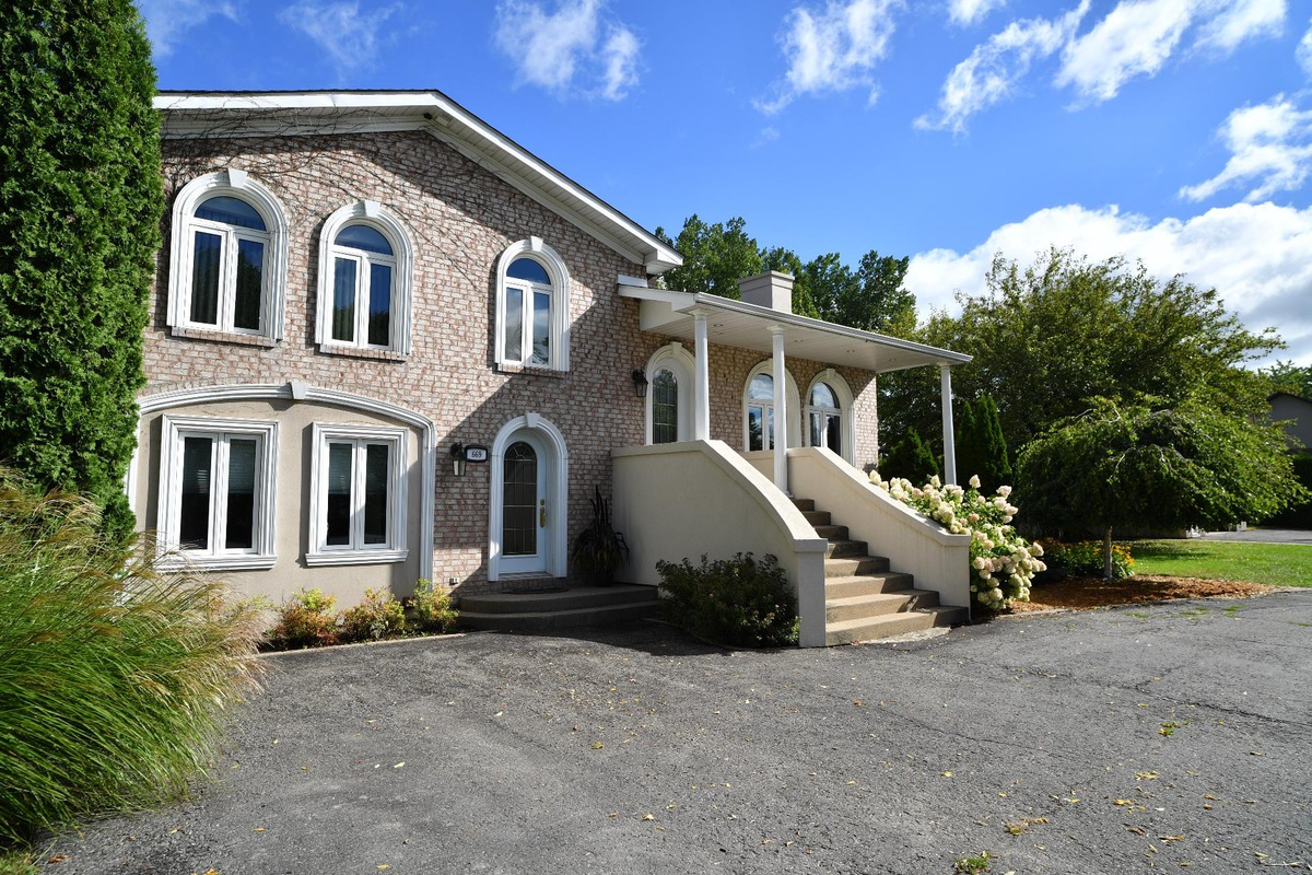 Michel chartrand courtier immobilier sutton laurentides michel chartrand courtier immobilier - Chambre des courtiers immobiliers ...