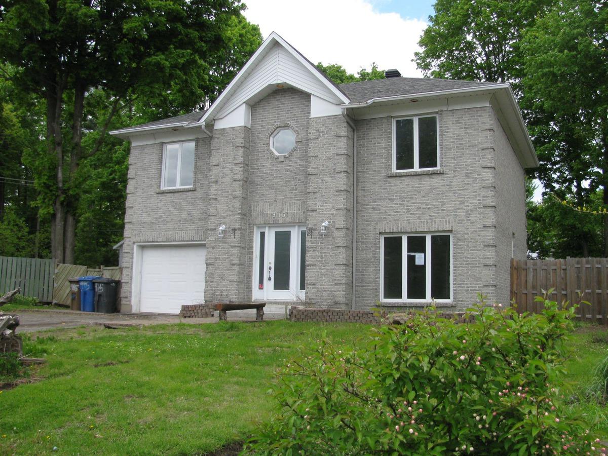 Carte Bleue Hopital St Jerome.Vendu Maison A Etages A Vendre 915 Rue De Touraine Saint