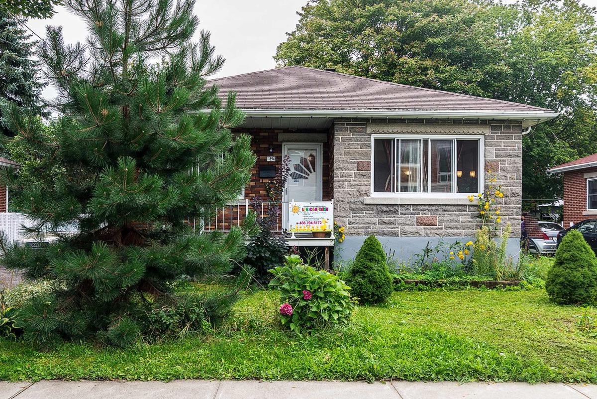 11894 ... & Bungalow for sale 11894 Av. Brunet - Montréal-Nord (Montréal) memphite.com